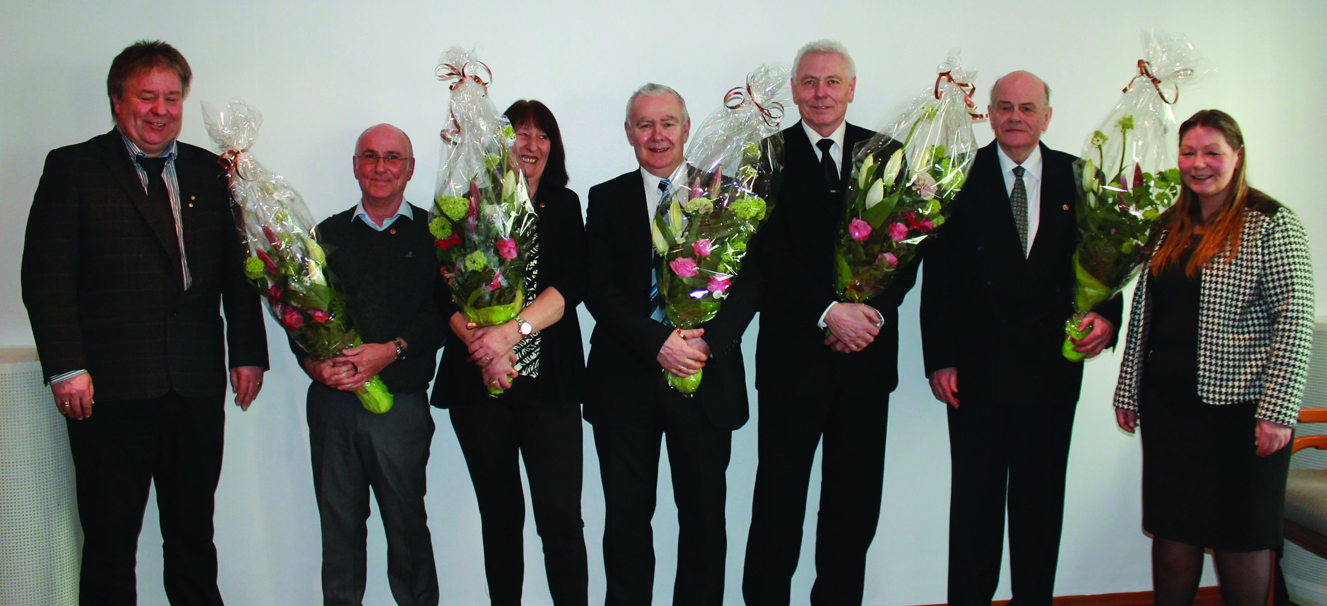 Fra venstre: Geir Olsen, 40 års jubilanter Tor Solberg, Kari Vabø, Svein Bjarne Jakobsen, Kjell Reinert Mjøs, Oddmund Kvale og leder Eirin Bratland